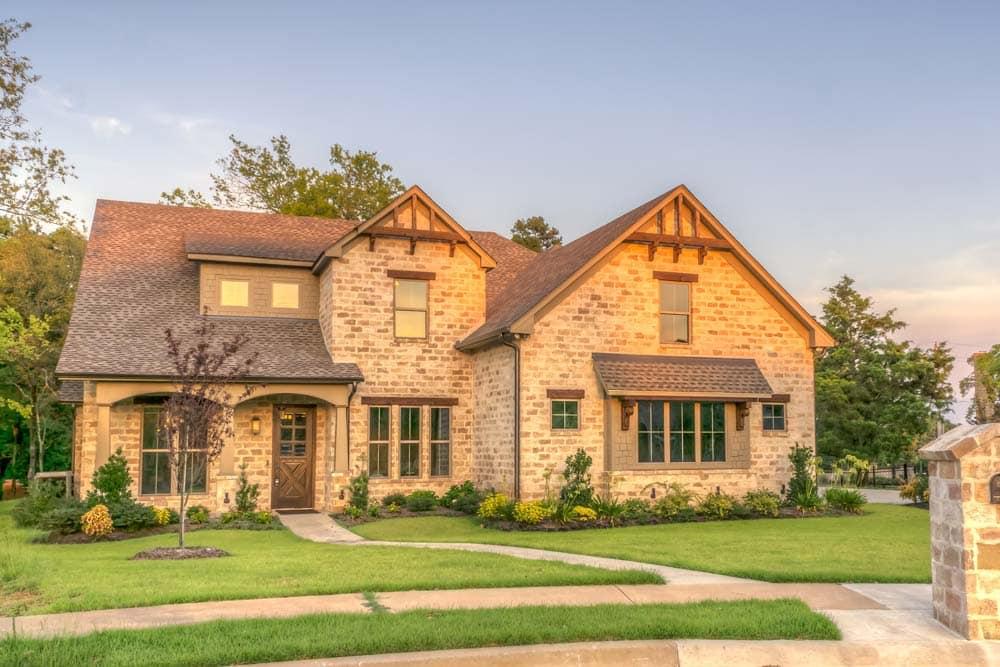 come-ristrutturare-una-vecchia-casa-esterno