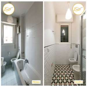 Renovierung von insgesamt gefliesten Badezimmerhäusern
