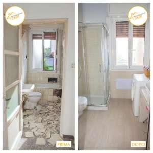 Renovierung der Häuser neues Badezimmer mit Dusche