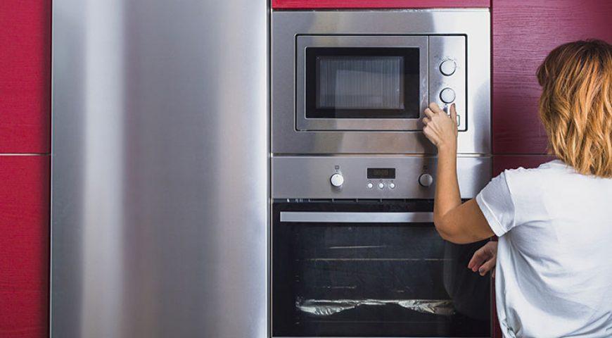 Una cucina a colori: idee e proposte per le pareti