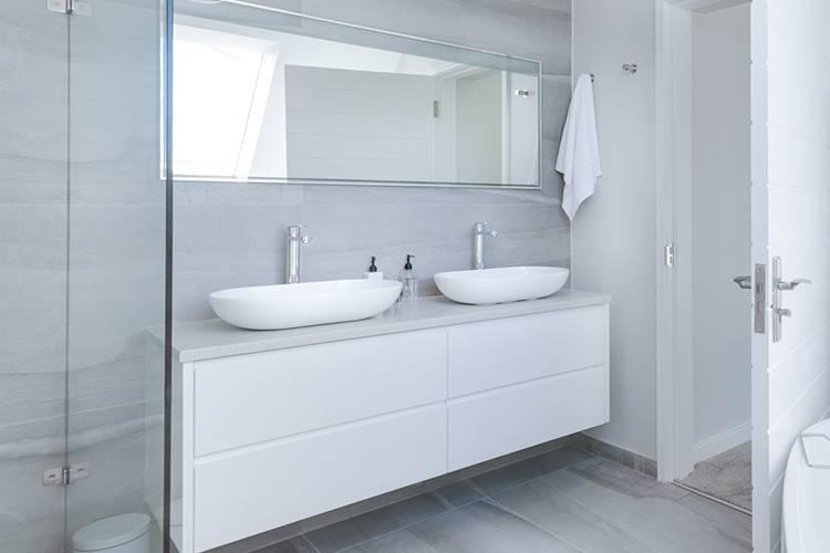 Come arredare al meglio un bagno piccolo