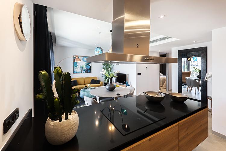 Küche-mit-Insel-Beispiel